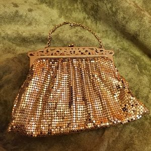 Rare Vintage Whiting and Davis coin purse